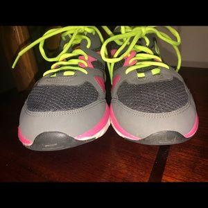 Skechers Shoes | Liv Fitness Walkers Sz